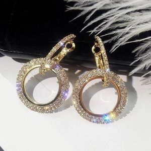 🆕️ Gold Sparkly Diamond Hoops😍